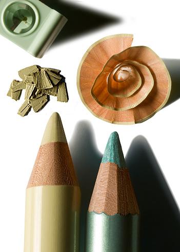 Eyeliner「makeup pencils」:スマホ壁紙(14)