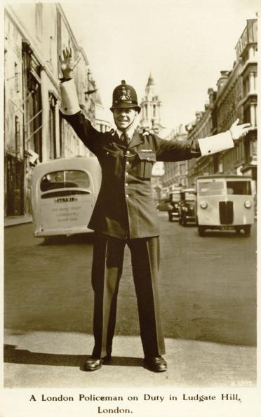 City Life「A London policeman, 1950s」:写真・画像(1)[壁紙.com]