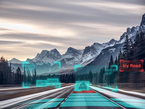 移動中「Self driving autonomous car driving in bad weather, USA」:スマホ壁紙(13)