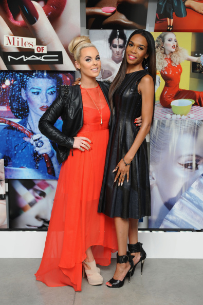 Michelle - Singer「MAC Cosmetics And Miles Aldridge Celebrate NYC Rizzoli Book Launch - Miles Of MAC」:写真・画像(14)[壁紙.com]