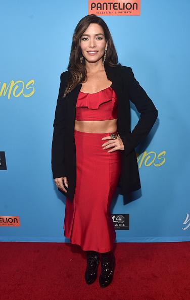 "Ruffled Shirt「Premiere Of Pantelion Films' ""Ya Veremos"" - Red Carpet」:写真・画像(3)[壁紙.com]"