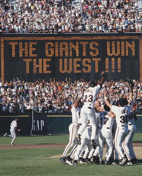 クライミング「San Diego Padres vs San Francisco Giants」:写真・画像(13)[壁紙.com]