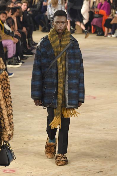 ニューヨークファッションウィーク「Coach 1941 - Runway - February 2019 - New York Fashion Week」:写真・画像(2)[壁紙.com]