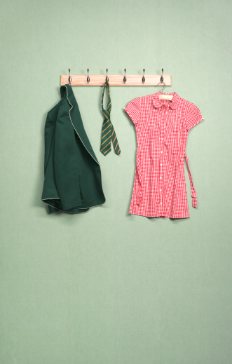 Green Background「School coat rack in domestic room」:スマホ壁紙(6)