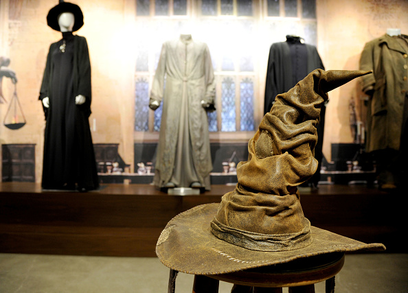 スタジオ「From J.K. ROWLING'S WIZARDING WORLD: The Harry Potter and Fantastic Beasts Exhibit at Warner Bros. Studio Tour Hollywood」:写真・画像(16)[壁紙.com]