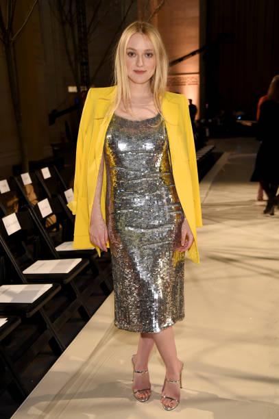 Front Row「Oscar De La Renta - Front Row - February 2018 - New York Fashion Week」:写真・画像(3)[壁紙.com]