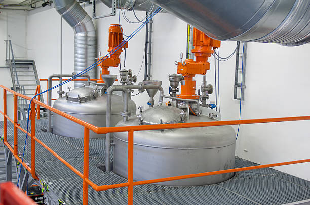 Inside view of a modern chemical plant:スマホ壁紙(壁紙.com)
