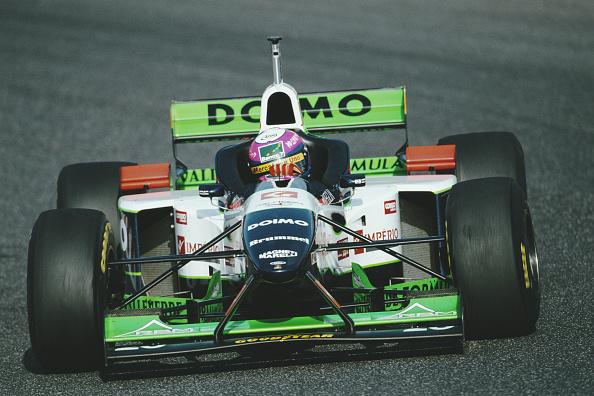 Curb「F1 Pre season testing」:写真・画像(15)[壁紙.com]