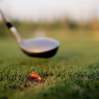 Emotional Stress「Broken Tee and Golf Club」:スマホ壁紙(17)