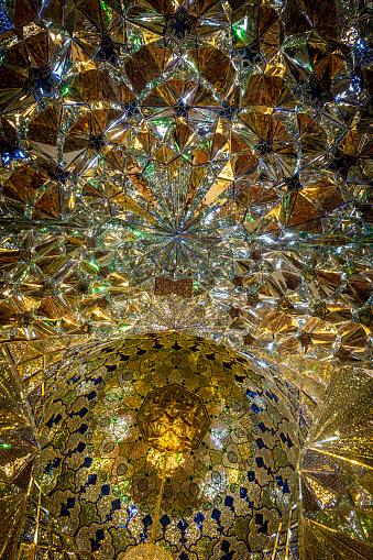 Iranian Culture「Decorative dome at Aramgah-e Shah-e Cheragh」:スマホ壁紙(16)