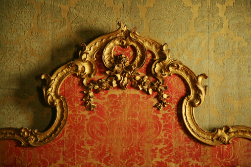 Veneto「Decorative Antique Bedboard」:スマホ壁紙(3)