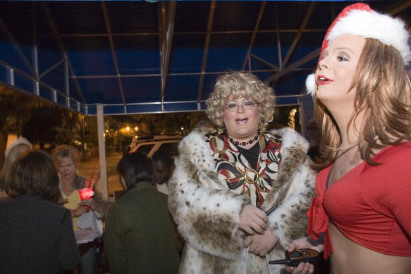 Phillippe Diederich「Drag Queens Add Spice To Weekly Bingo Night」:写真・画像(14)[壁紙.com]