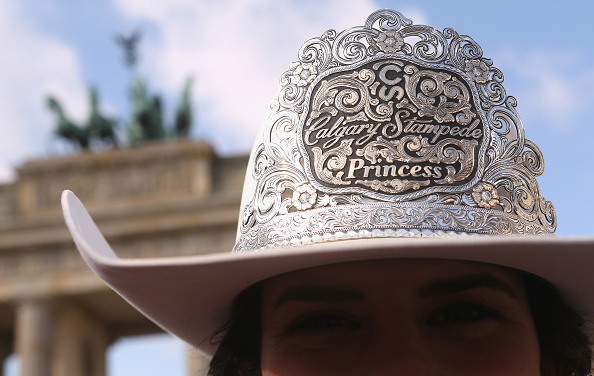 Adam Berry「Calgary Stampede Royalty Attend ITB Travel Trade Show」:写真・画像(9)[壁紙.com]