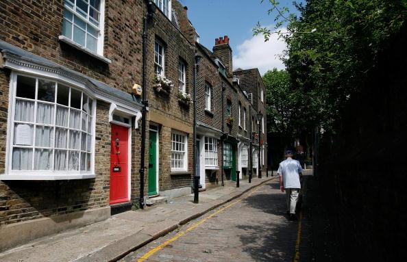 Street「Little Green Street Included In Worldwide Travel Book」:写真・画像(10)[壁紙.com]