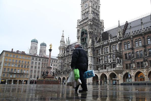 Magnet「Bavaria Starts Dawn-To-Dusk Curfew As Measure To Slow Coronavirus Spread」:写真・画像(15)[壁紙.com]