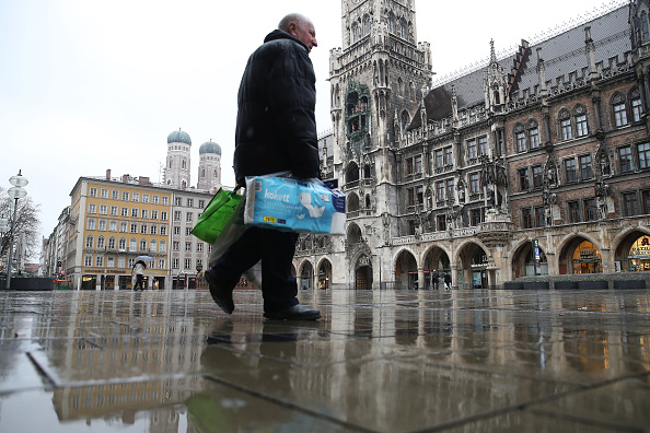 Magnet「Bavaria Starts Dawn-To-Dusk Curfew As Measure To Slow Coronavirus Spread」:写真・画像(14)[壁紙.com]