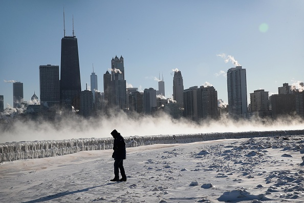 天気「Polar Vortex Brings Extreme Cold Temperatures To Chicago」:写真・画像(14)[壁紙.com]