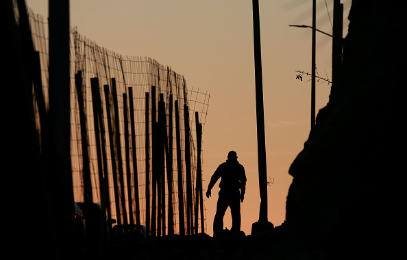 Baja California Peninsula「Border Wall On US Mexico Border Continues To Be Sticking Point Driving Government Shutdown Into Its Third Week」:写真・画像(4)[壁紙.com]