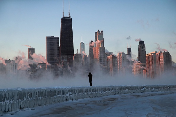 天気「Polar Vortex Brings Extreme Cold Temperatures To Chicago」:写真・画像(5)[壁紙.com]