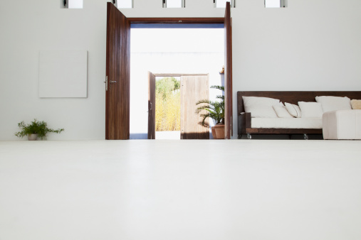 Low Angle View「Desk in modern house」:スマホ壁紙(4)