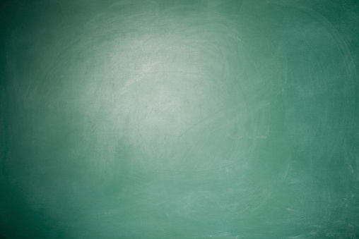 Blackboard - Visual Aid「Full Frame Blank Green Blackboard Background With vignette around」:スマホ壁紙(18)