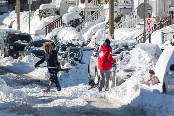USA「Northeast U.S. Digs Out After  'Bomb Cyclone' Snowstorm」:写真・画像(19)[壁紙.com]