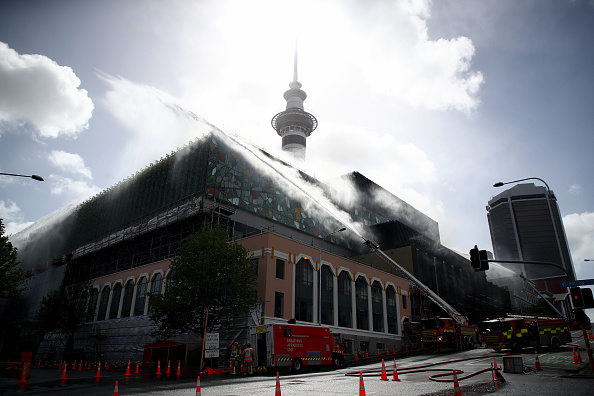 Auckland「SkyCity Convention Centre Fire Continues To Burn In Central Auckland」:写真・画像(15)[壁紙.com]