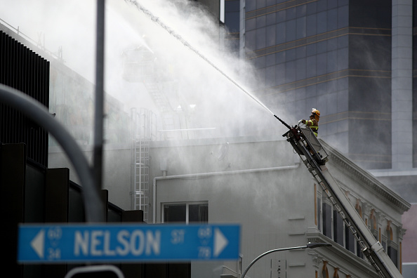 Auckland「SkyCity Convention Centre Fire Continues To Burn In Central Auckland」:写真・画像(11)[壁紙.com]