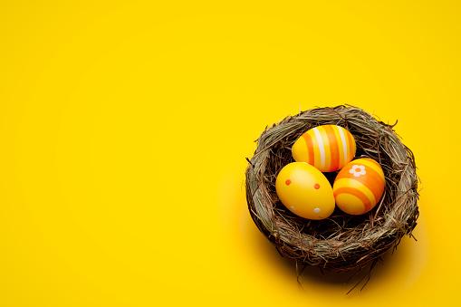 イースター「黄色イースター卵」:スマホ壁紙(6)
