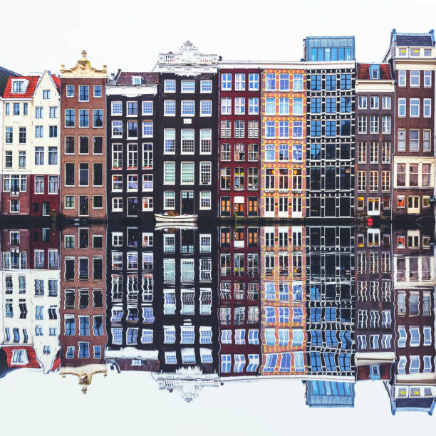 Typical Dutch houses built by the canal, Amsterdam, Netherland:スマホ壁紙(壁紙.com)