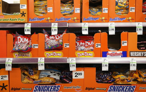 Candy「Merchandise is Offered for Sale at Walgreens」:写真・画像(7)[壁紙.com]