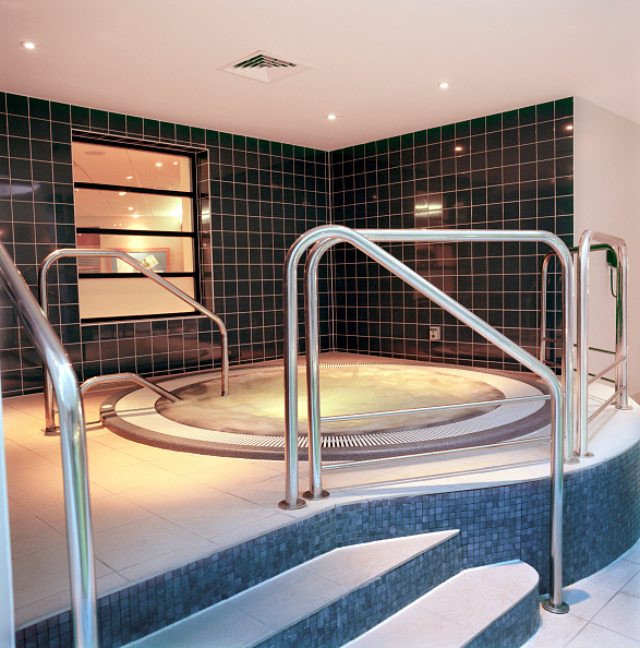 Temptation「Completed refurbishment, Cannons Health club, London」:写真・画像(19)[壁紙.com]