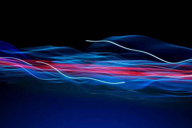 Futuristic Flowing Light Trail Communications:スマホ壁紙(壁紙.com)