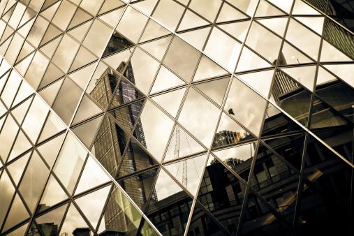 結晶「未来的建築のディテール、ガラスの超高層ビル」:スマホ壁紙(17)
