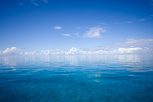 Horizon Over Water「Bahamas, New Providence Islands, Southwest End, seascape」:スマホ壁紙(11)