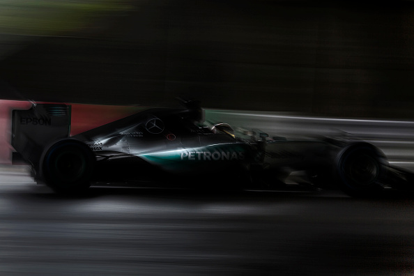 Japan「Lewis Hamilton, Grand Prix of Japan」:写真・画像(5)[壁紙.com]