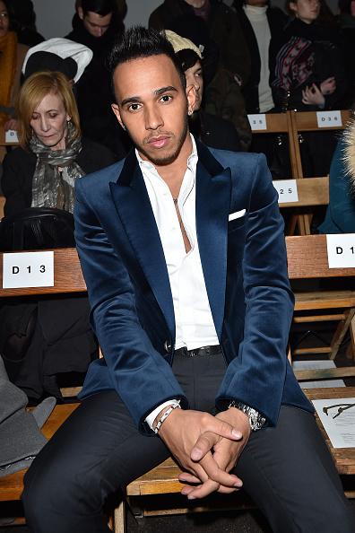 Three Quarter Length「N. Hoolywood - Front Row - Mercedes-Benz Fashion Week Fall 2015」:写真・画像(10)[壁紙.com]