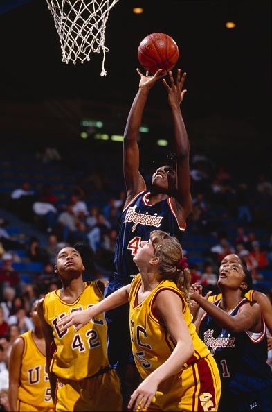 Basket「University of Virginia Cavaliers vs University of Southern California Trojans」:写真・画像(6)[壁紙.com]