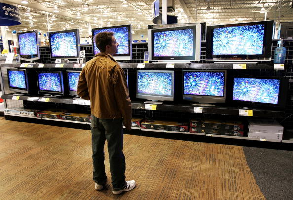Retail「Television Sales Strong Ahead Of Super Bowl」:写真・画像(17)[壁紙.com]