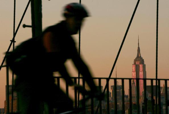 Empire State Building「Empire State Building Celebrates Its 75th Anniversary」:写真・画像(0)[壁紙.com]