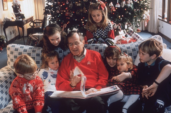 Christmas「Bush And Family」:写真・画像(16)[壁紙.com]