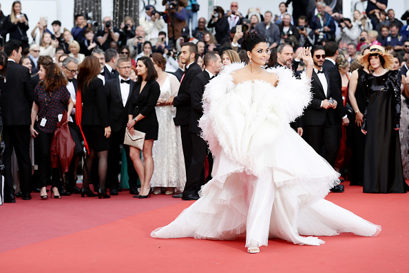 "Aishwarya Rai「""La Belle Epoque"" Red Carpet - The 72nd Annual Cannes Film Festival」:写真・画像(19)[壁紙.com]"