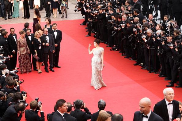 Elie Saab - Designer Label「Opening Ceremony - 64th Annual Cannes Film Festival」:写真・画像(1)[壁紙.com]