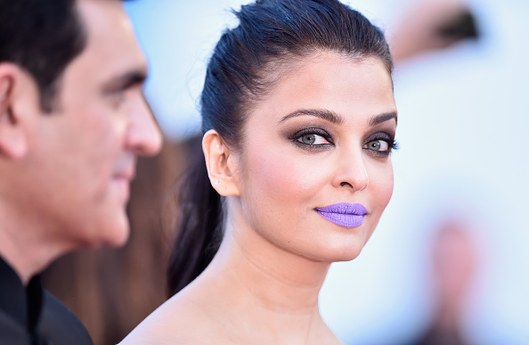 "Aishwarya Rai「""From The Land And The Moon (Mal De Pierres)"" - Red Carpet Arrivals - The 69th Annual Cannes Film Festival」:写真・画像(13)[壁紙.com]"