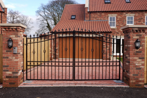 Security「New Gated House」:スマホ壁紙(19)