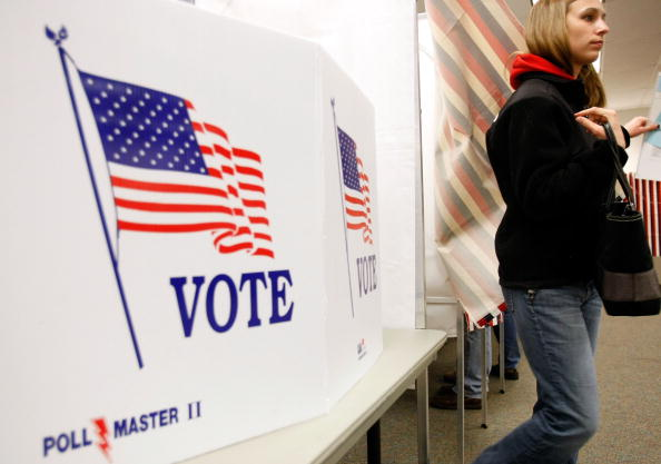 Manchester - New Hampshire「New Hampshire Voters Go To Polls In Nation's First Primary」:写真・画像(7)[壁紙.com]