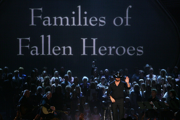 MGM Grand Garden Arena「42nd Annual Academy Of Country Music Awards - Show」:写真・画像(12)[壁紙.com]