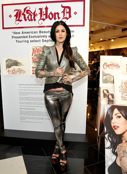 """Gray Jacket「Sephora Presents Kat Von D's First Solo Art Show """"New American Beauty"""" At Sephora Hollywood」:写真・画像(13)[壁紙.com]"""