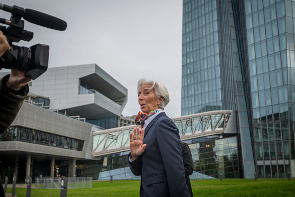 European Central Bank「Christine Lagarde Begins Work As New ECB President」:写真・画像(7)[壁紙.com]