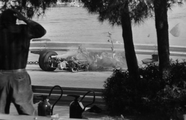 F1レース「Clay Regazzoni Crash」:写真・画像(10)[壁紙.com]